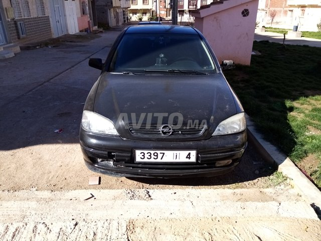 Voiture Opel Astra 2001 à meknès  Essence  - 9 chevaux