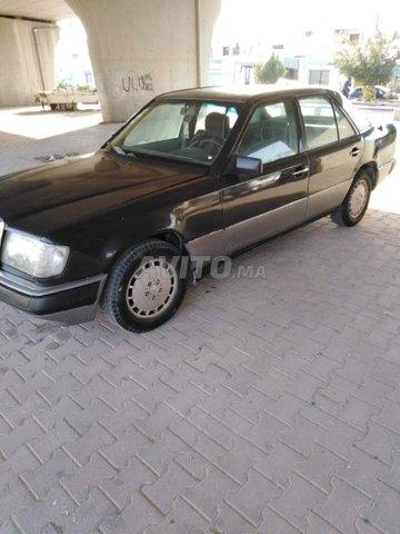 Voiture Mercedes benz R250 1984 à tanger  Diesel  - 8 chevaux