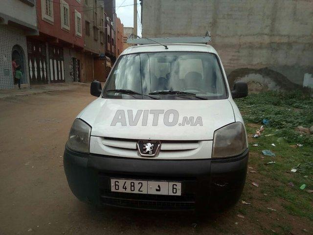 Voiture Peugeot Partner 2008 à berkane  Diesel  - 7 chevaux