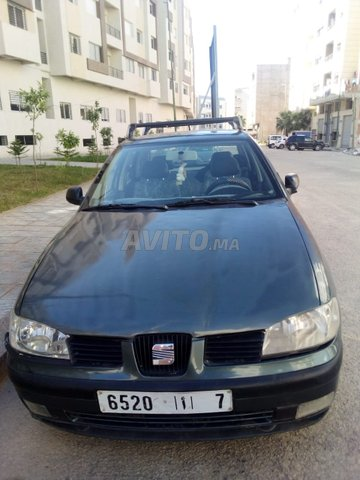 Voiture Seat Ibiza 2000 à meknès  Diesel  - 8 chevaux