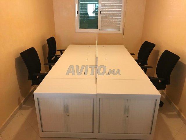 Bureau bench 4 pers blanc mobilier pro new للبيع في الدار البيضاء في