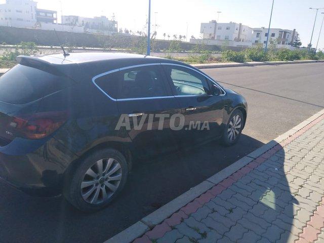 Voiture Opel Astra 2013 à safi  Diesel  - 7 chevaux
