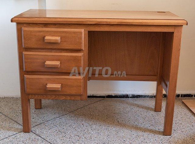 Bureau en bois vernis à vendre à casablanca dans meubles et