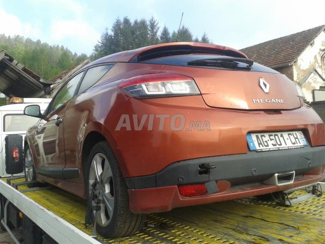 Voiture Renault Megane Iii Phase 1 2l 180cv للبيع في وجدة في