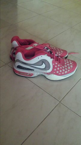 chaussures nike 220