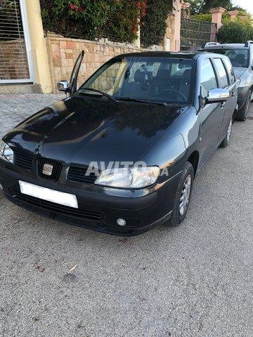 Voiture Seat Vario 2000 à tanger  Diesel  - 8 chevaux