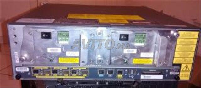 Routeurs Fédérateurs Cisco 7206 VXR للبيع في الرباط في اكسسوارات