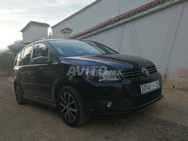 Voiture Volkswagen Touran 2014 à meknès  Diesel  - 6 chevaux
