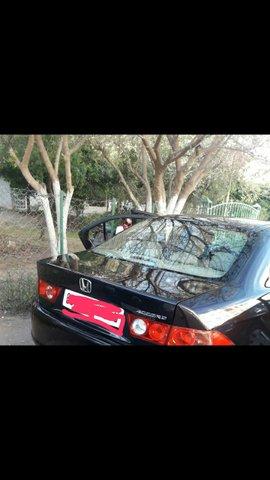 Voiture Honda Accord 2008 à meknès  Essence  - 13 chevaux
