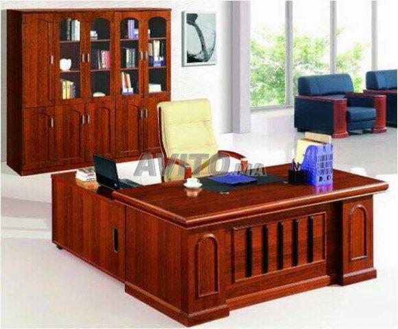 Bureau professionnel new et chaise à vendre à rabat dans matériels