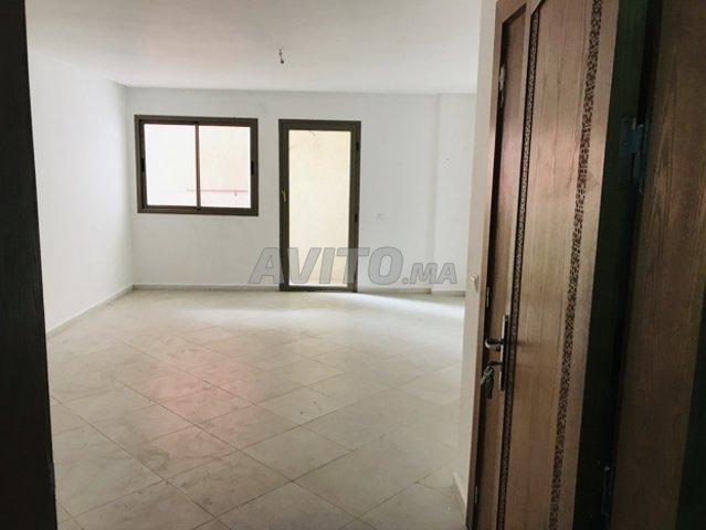 Bureau meublé 1ère étage offre de location للبيع في القنيطرة في