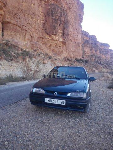 Voiture Renault R19 1998 à errachidia  Essence