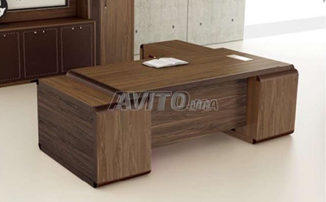 Bureau en bois à vendre à rabat dans matériels professionnels