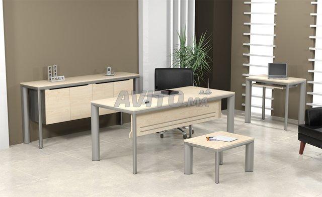 Mobiliers de bureaux en promo للبيع في مكناس في معدات مهنية avito ma