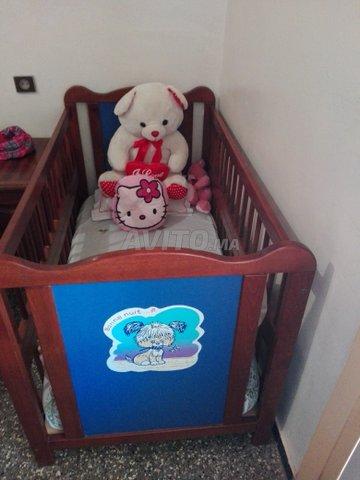 Vente Un Lit Pour Enfant Plus Matelas للبيع في الرباط في تجهيزات