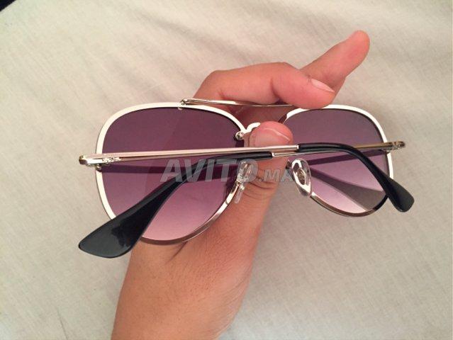 42a3cda5b8 Des lunettes solaires a vendre à vendre à Rabat dans Montres et ...