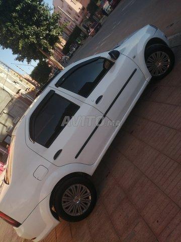 Voiture Dacia Logan 2012 à guelmim  Essence  - 8 chevaux