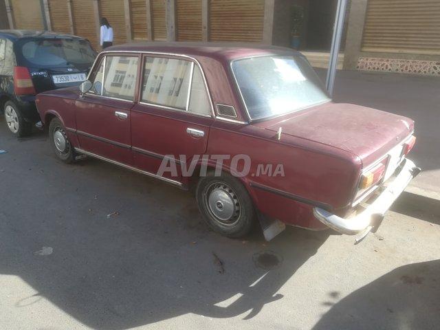 Voiture Fiat 127 1980 ou pl à rabat  Essence