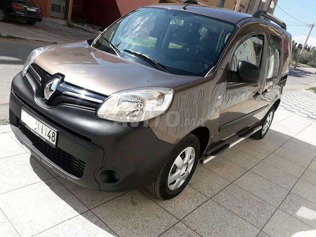 Voiture Renault Kangoo 2018 à meknès  Diesel  - 6 chevaux