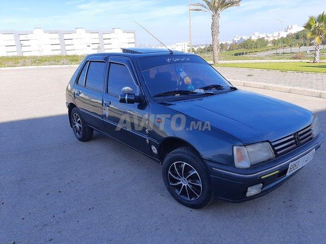 Voiture Peugeot 205 1992 à temara  Essence  - 6 chevaux