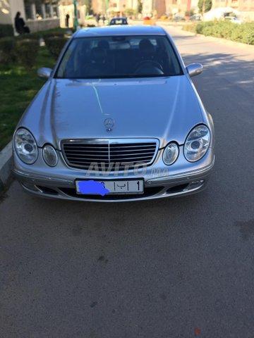 Voiture Mercedes benz Classe e 2004 à meknès  Diesel  - 11 chevaux