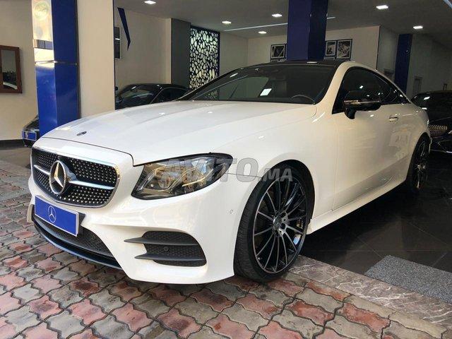 Voiture Mercedes benz Classe e 2017 à casablanca  Diesel  - 9 chevaux