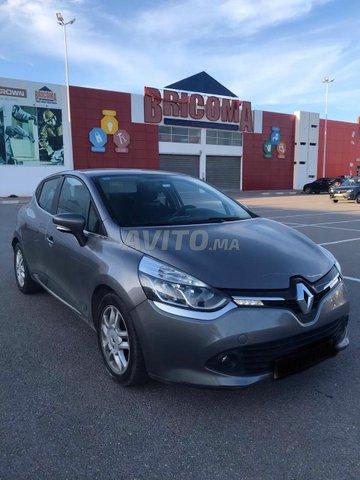 Voiture Renault Megane 2015 à el-jadida  Diesel  - 7 chevaux