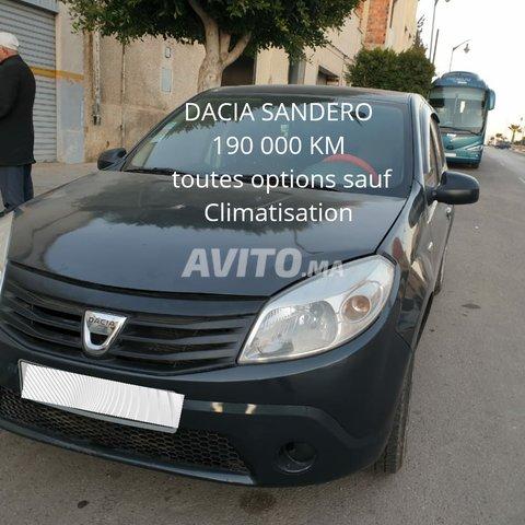 Voiture Dacia Sandero 2011 à oujda  Essence  - 8 chevaux