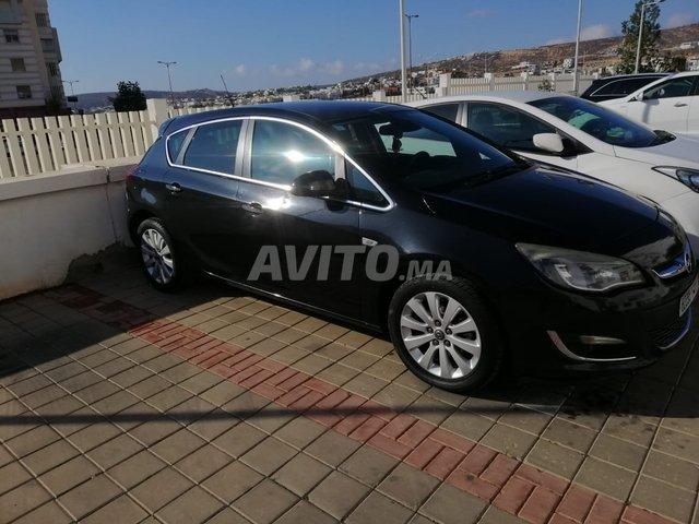 Voiture Opel Astra 2013 à agadir  Diesel  - 7 chevaux