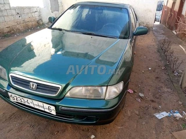 Voiture Honda Accord 1998 à rabat  Essence  - 9 chevaux