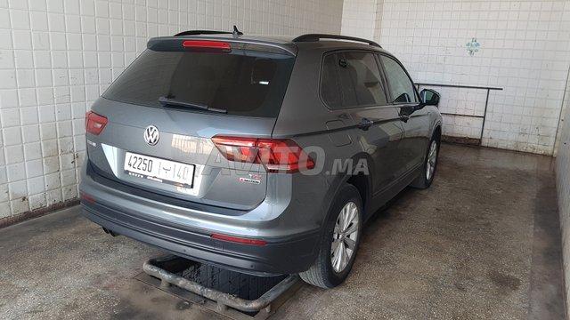 Voiture Volkswagen Tiguan 2017 à tanger  Diesel  - 8 chevaux