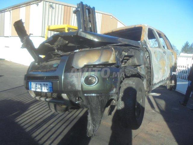 image_0 : Ecocasse met land rover freelander région Nador