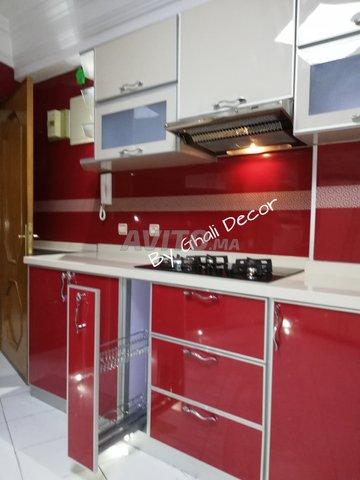 Cuisine Moderne En Aluminium للبيع في الدار البيضاء في الأثاث