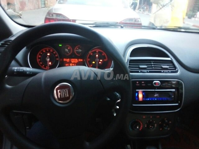 Voiture Fiat Punto 2017 à marrakech  Diesel  - 6 chevaux