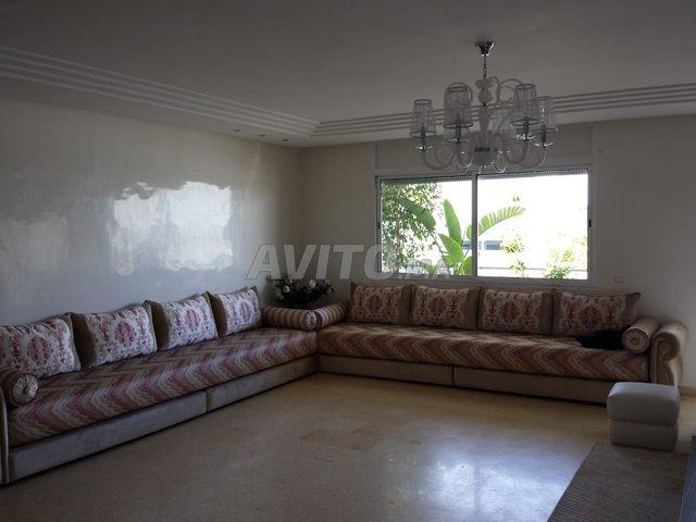 Salon moderne marocain complet (en très bon etat) à vendre à ...