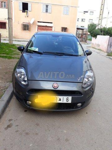 Voiture Fiat Punto 2016 à had-soualem  Diesel  - 6 chevaux