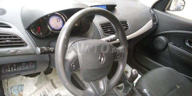 Voiture Diesel Megane 3 للبيع في الدار البيضاء في سيارات