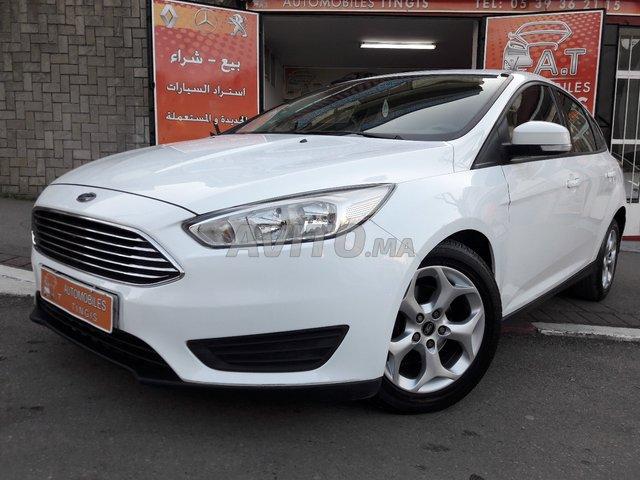 Ford focus 1.6 tdci 6cv phase2 toutes options -2015