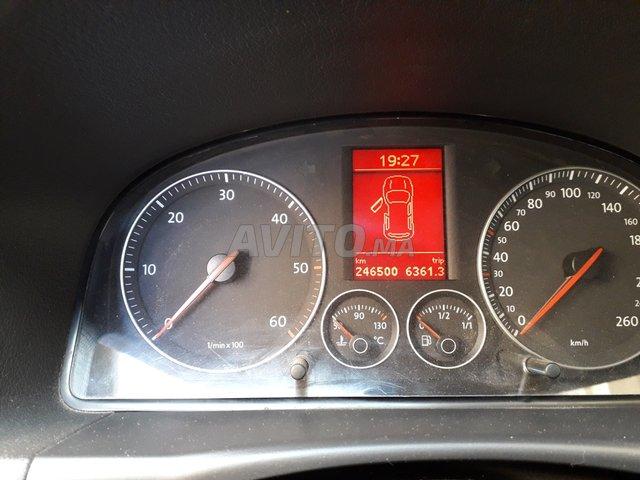 Voiture Volkswagen Touran 2006 à sefrou  Diesel  - 8 chevaux