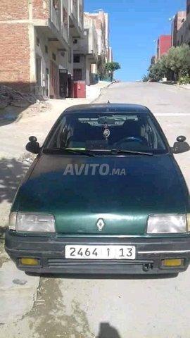 Voiture Renault R19 1989 à touissit  Diesel  - 7 chevaux