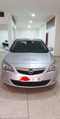 Voiture Opel Astra 2012 à nador  Diesel