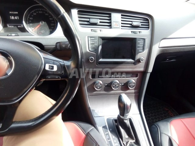 Voiture Volkswagen Golf 7 2013 à fès  Diesel  - 8 chevaux