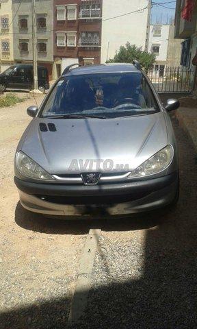 سيارة من نوع بيجو 206 -2002 - Agadir