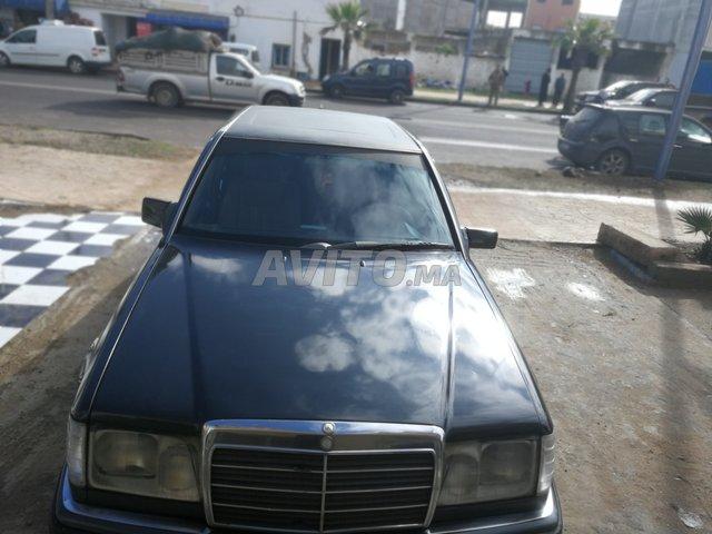 Voiture Mercedes benz R250 1987 à oualidia  Diesel  - 8 chevaux