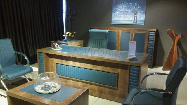 Bureau complet un meuble rangement للبيع في الدار البيضاء في