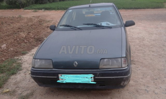 Voiture Renault R19 1989 à errachidia  Diesel  - 7 chevaux
