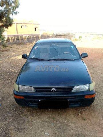 Voiture Toyota Corolla 1996 à tanger  Diesel  - 7 chevaux